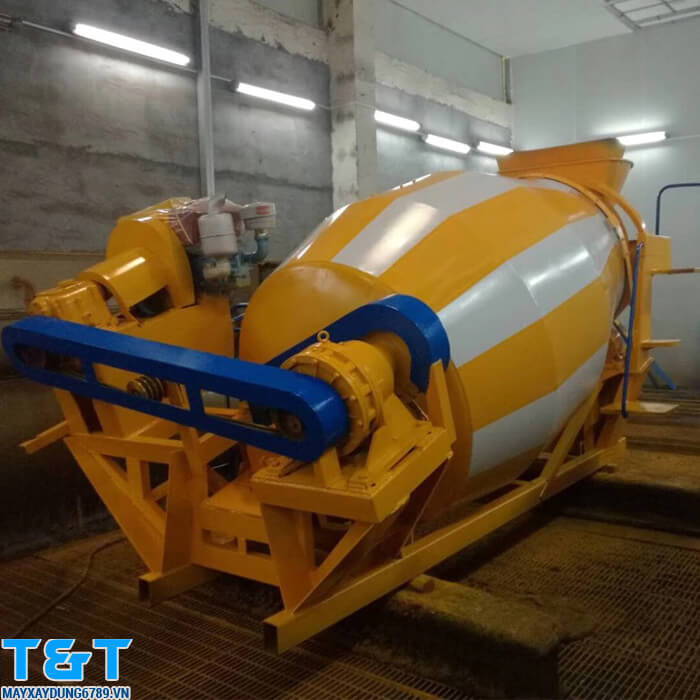 Bồn trộn bê tông YGH3 là thiết bị máy xây dựng hỗ trợ đăc lực cho các nhà thầu xây dựng, sở hữu nhiều ưu điểm vượt trội