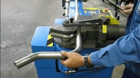 cách sử dụng máy uốn sắt
