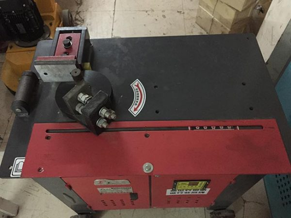 Giá máy uốn đai GF25