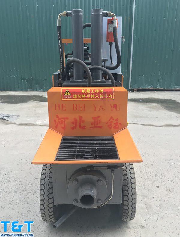 Máy bơm vữa áp lực cao Y15B có động cơ 7.5 KW, áp suất đạt từ 1.5-5 MPa