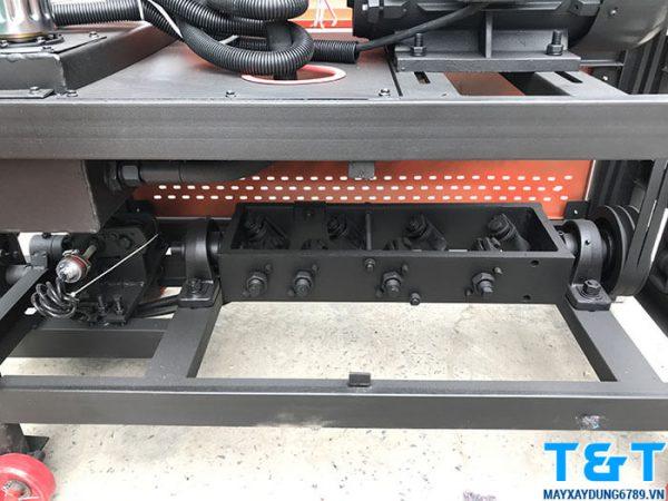Bộ phận bánh dẫn duỗi thẳng sắt của máy cắt và duỗi sắt tự động GT40-10(220V)