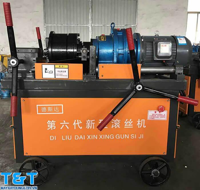 Máy lăn ren HGS40-B có khả năng tạo đầu ren cốt thép với độ chuẩn xác cao