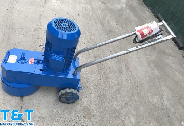 Thiết bị máy mài sàn dms250 được trang bị động cơ Y100L-2 với hiệu suất 3kw
