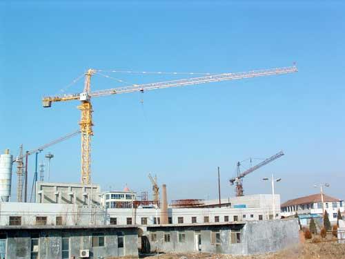 Phân loại và cơ cấu hoạt động của cần trục tháp