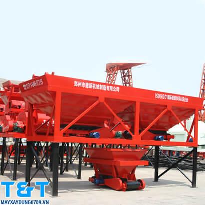 Phễu cấp liệu PLD-1200 chính hãng có sức chưa lên tới 2 tấn nguyên vật liệu