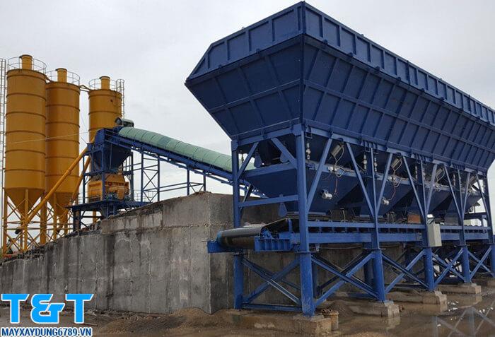 Phễu cấp liệu PLD 2400 phù hợp các công trình lớn là vừa