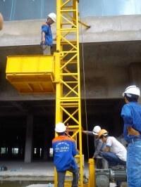 Chọn vận thăng nâng hàng cho các công trình xây dựng